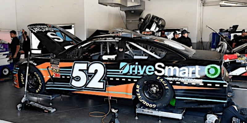 race time - DriveSmart Sponsors J.J. Yeley in Daytona for NASCAR Cup Series